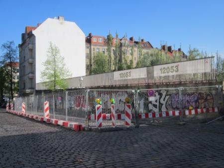 Absperrung Mainzer Strasse Kindl-Gelände