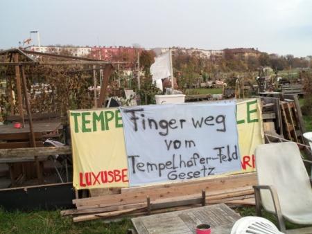 Finger weg vom Tempehofer Feld Gesetz